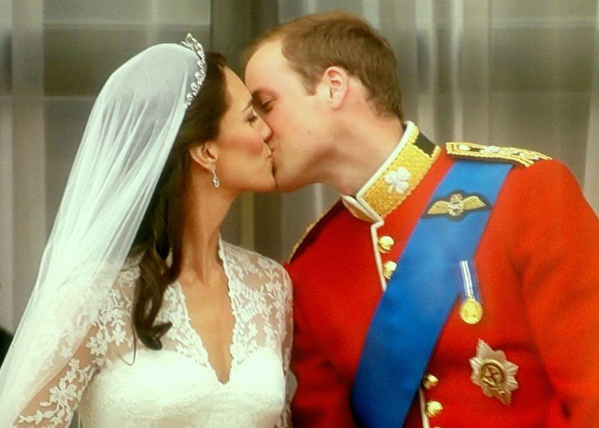 Der Kuss am Balkon des Buckimhampalastes